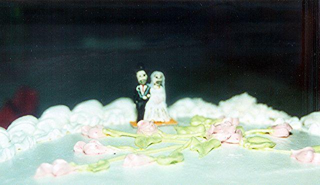 Bride and Groom Skeleton